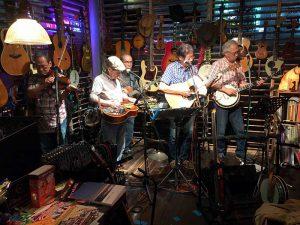 今夜のホストバンド Old Country Band